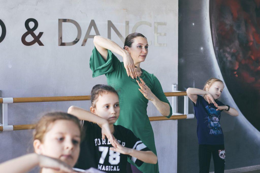 """Занятие в """"Школе современной хореографии"""""""